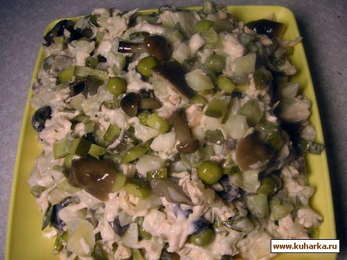 Салат с сельдереем и курицей грибами рецепты