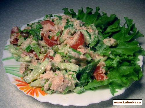 Салат с свежей красной рыбой рецепт с фото