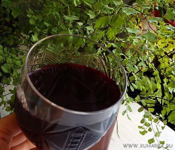 Рецепт Ликер из черной смородины