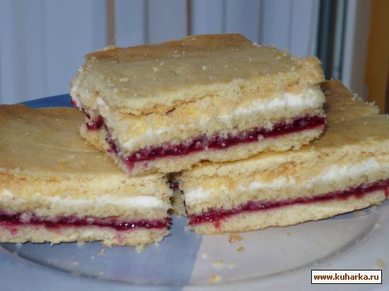Рецепт Нежный песочный пирог с брусникой
