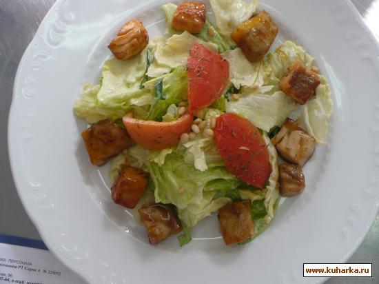 Рецепт Зеленый салат с семгой и осетриной