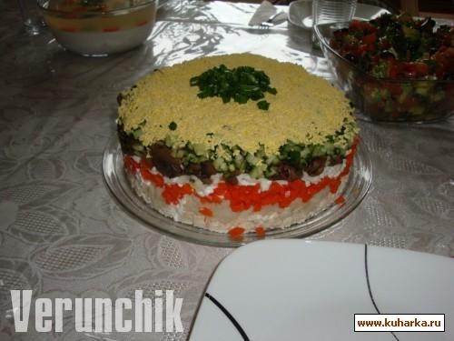Рецепт Салатик из курицы, грибов и овощей