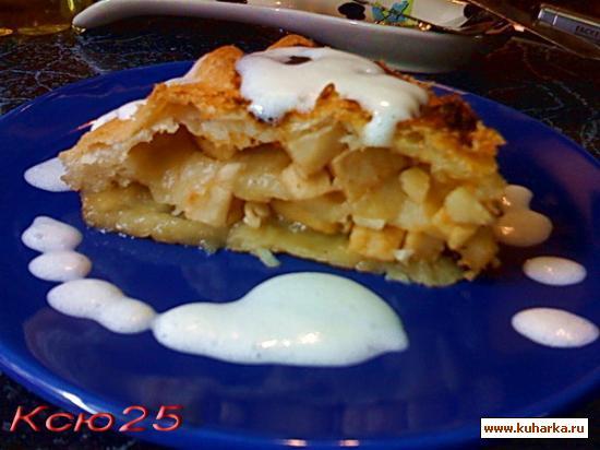 Рецепт Слоеный пирог с яблоками, изюмом и медом