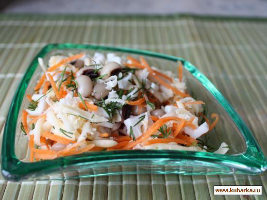 Рецепт Салат с крабовыми палочками и фасолью