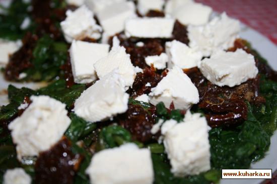Рецепт Салат с сыром и шпинатом