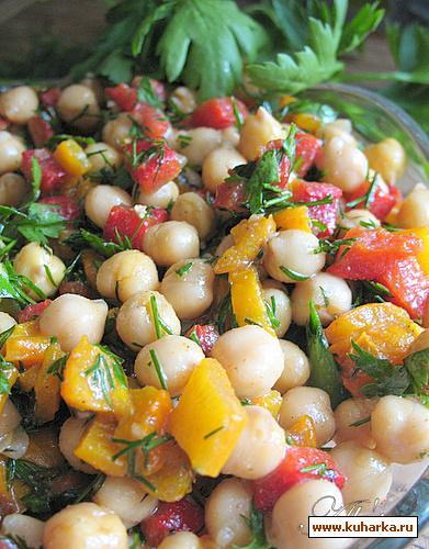 Рецепт Салат с горохом нут и красным перцем