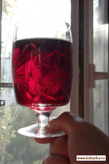 Рецепт Вино из черноплодной рябины и яблок.