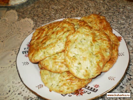 Рецепт Кабачковые оладьи с пореем и моцареллой