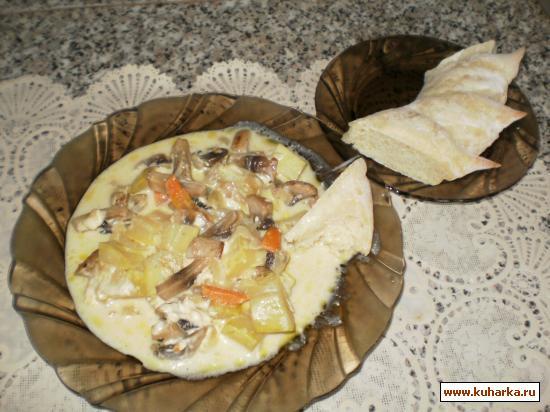 Рецепт Кабачки с грибами в сырном соусе