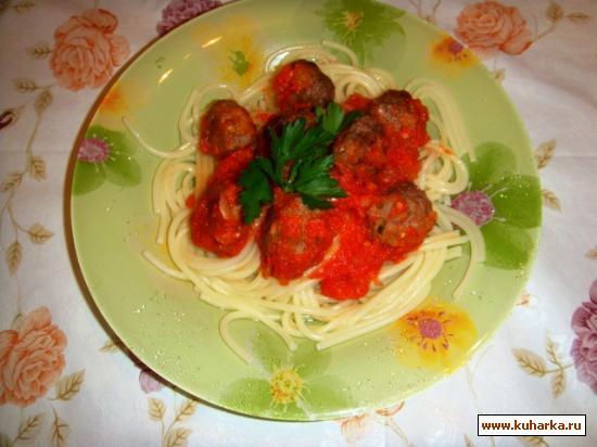 Рецепт Тефтели в томатном соусе с зеленью и сыром