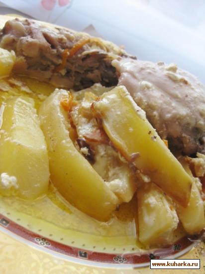 Рецепт Нежная курочка запеченная с картофелем в сметане