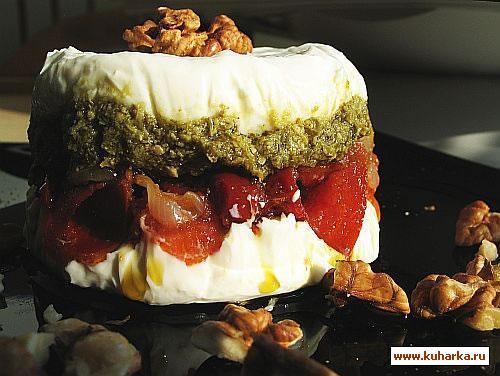 Рецепт Торт из вяленых томатов и песто