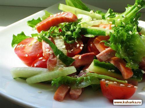 Рецепт Салат с соленым лососем