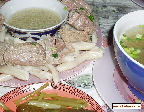 Рецепт Жижиг-галнаш (он же жижиг-галныш, он же чеченские галушки с мясом)