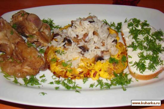 Рецепт Грибы с рисом на яичнице