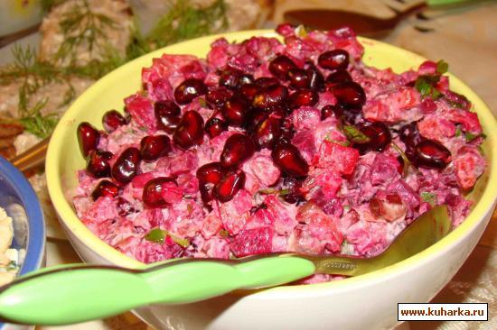 Рецепт Мясной салат с гранатами и овощами