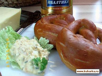Рецепт Brezel mit Obatzter/ Брецель с Обатцтер (Баварская закуска)