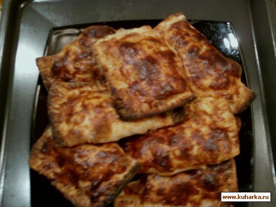 Рецепт Слоеные пирожки с ветчиной, сыром и грибами