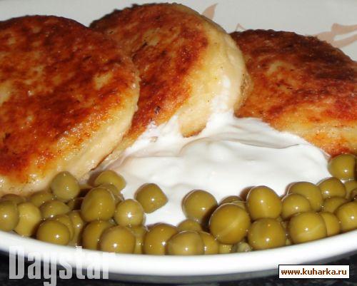 Рецепт Биточки из творога и картофеля с сыром