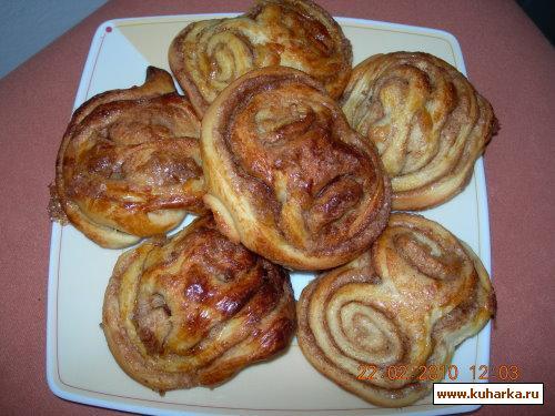Рецепт Franzbroetchen (Коричные булочки)