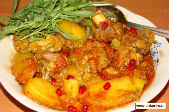 Рецепт Мясо в томатно-гранатовом соусе