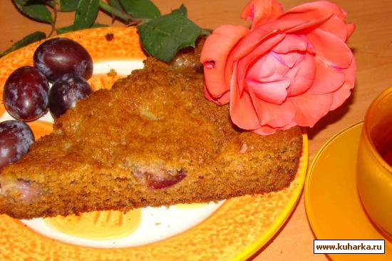 Рецепт Медовый пирог со сливами