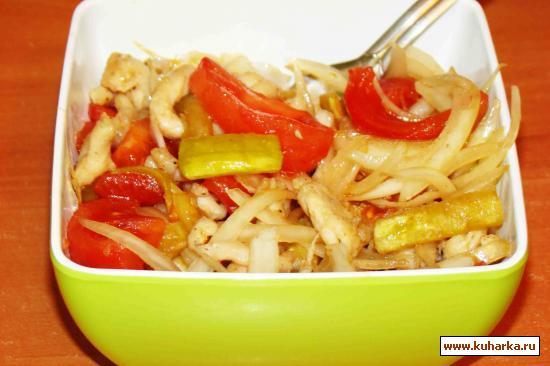 Рецепт Салат из кабачков и куриной грудинки (теплый)