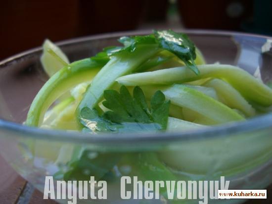 Рецепт Кабачки настоянные с мятой (Calabacines macerados con menta)