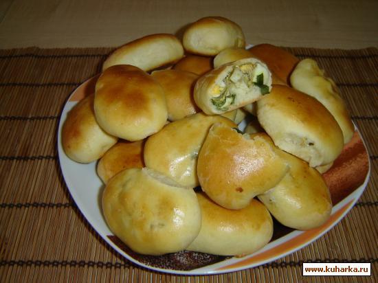 Рецепт Пирожки печеные с зеленым луком и яйцом