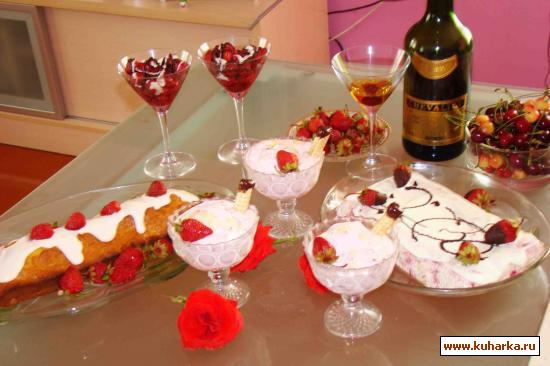 Рецепт Холодный торт из клубники (без выпечки)