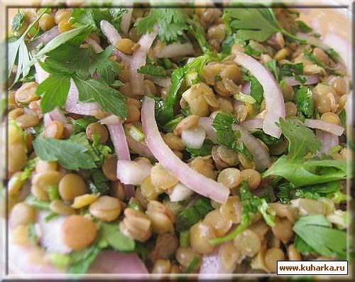Рецепт Салат с чечевицей, красным луком и зеленью