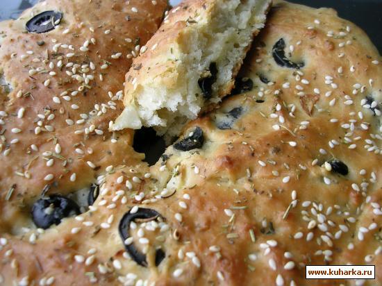 Рецепт Фокачча с пряными травами,маслинами и чесноком