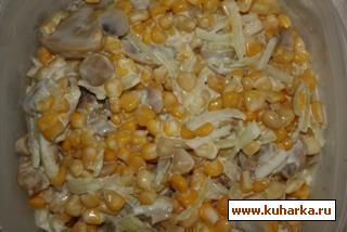 Рецепт Салат из кукурузы с грибами