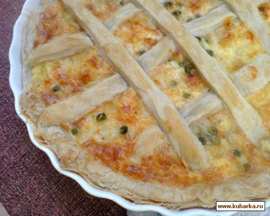 Рецепт Киш из слоеного теста с курицей и картофелем