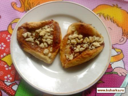 Рецепт Малиновые слойки с заварным кремом