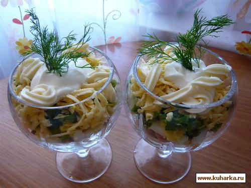 Рецепт Салат-коктейль с ветчиной и грибами