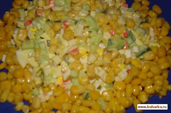 Рецепт Салат из крабовых палочек и кукурузы