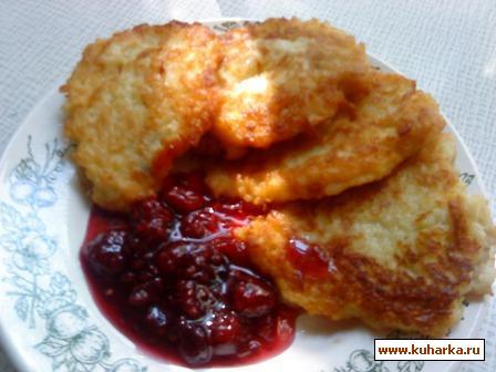 Рецепт Оладьи из пшенной каши с яблоком