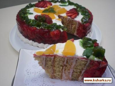 Рецепт Клубничный торт с желатином и конфитюром из киви
