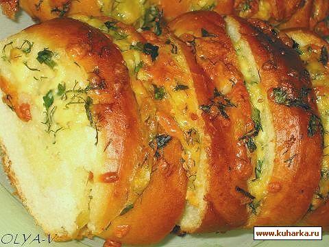 Рецепт Запеченный батон с сыром и чесноком