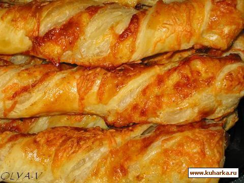 Рецепт Слоеные сырные завитки с красным перцем