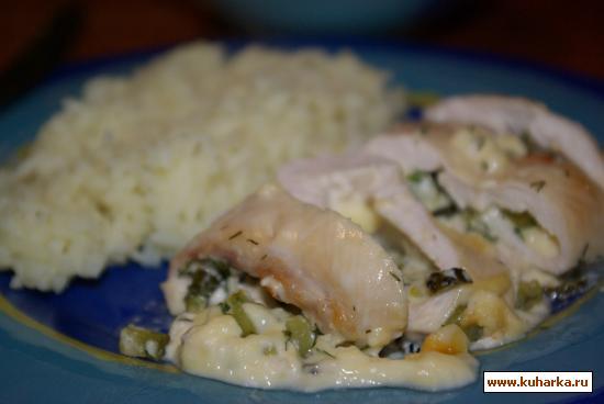 Рецепт Куриные рулеты под сырным соусом