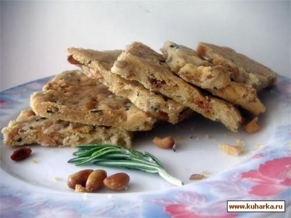 Печенье с розмарином и кедровыми орешками