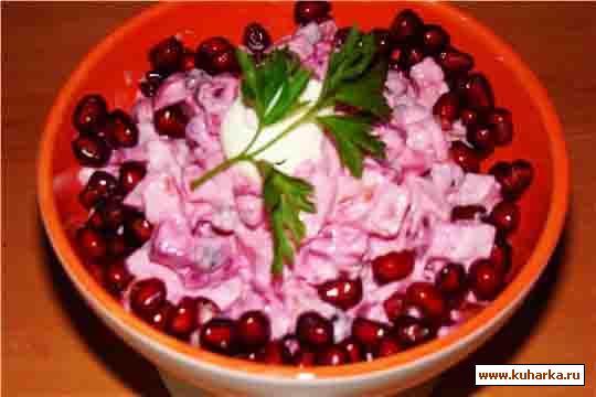 """Рецепт Салат """"Розовое фламинго"""""""