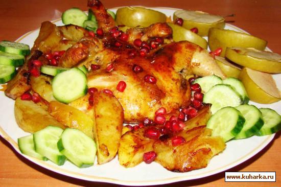 Рецепт Курочка, запеченая в духовке с картошкой и яблоками