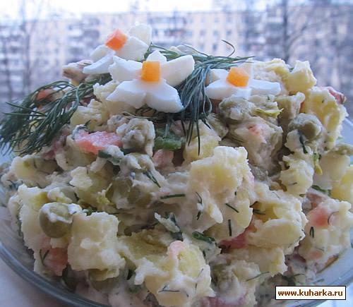 Рецепт Салат с соленой красной рыбой