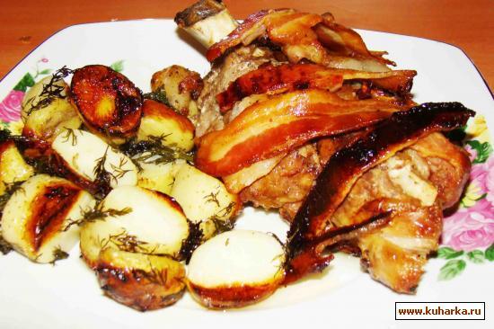 Рецепт Свинина в беконе из духовки
