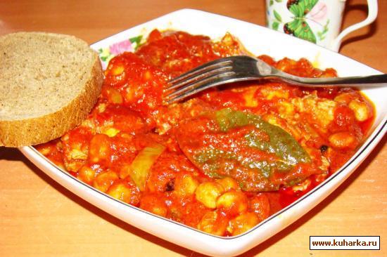 Рецепт Рыба в томатном соусе с горохом нут