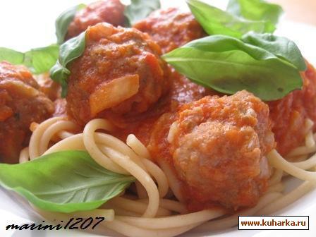 Рецепт Спагетти с фрикадельками в томатном соусе (Spaghetti mit Tomatensauce und Fleischbeallchen)