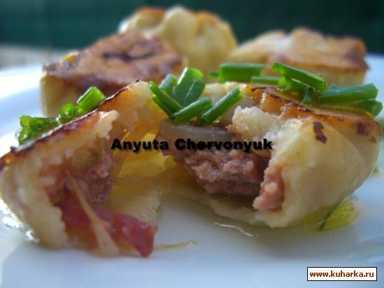Рецепт Жаренные булочки с луком.